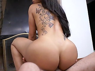 big ass (shemale), shemale porn (shemale), blowjob (shemale)