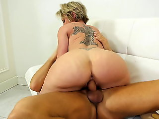 fingering, blowjob, squirting